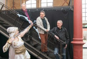 Comiciade Pressebild mit Willi Blöß, Alexander Samsz, Alfred Neuwald und Cosplay Model